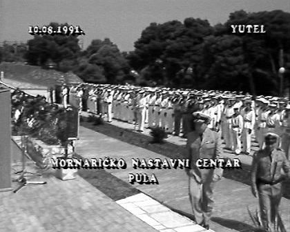 1 Admiral Barovic dolazi na zakletvu mornara - Muzil-Pula-1991